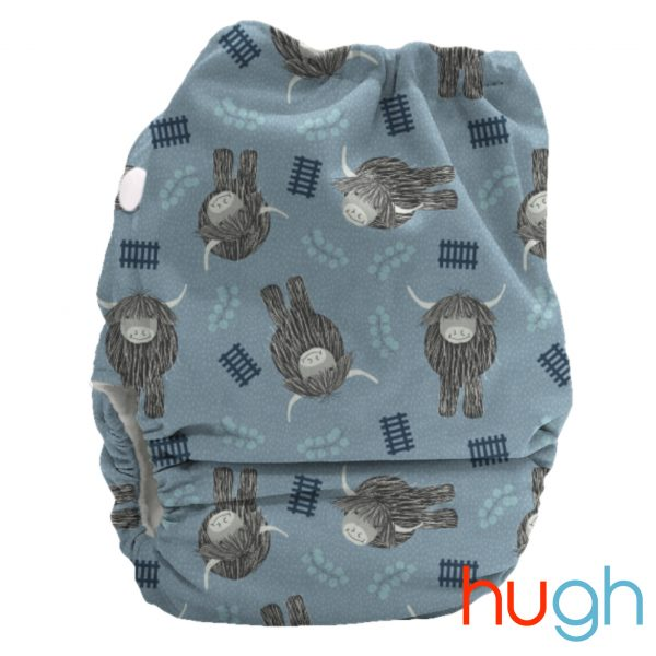 candie-all-in-two-reusable-cloth-nappy-hugh